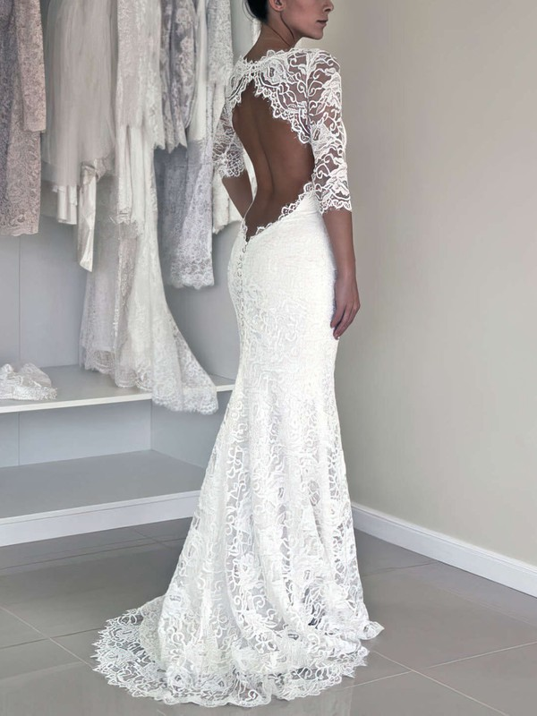 Elegant Open Back Lace Wedding Gown