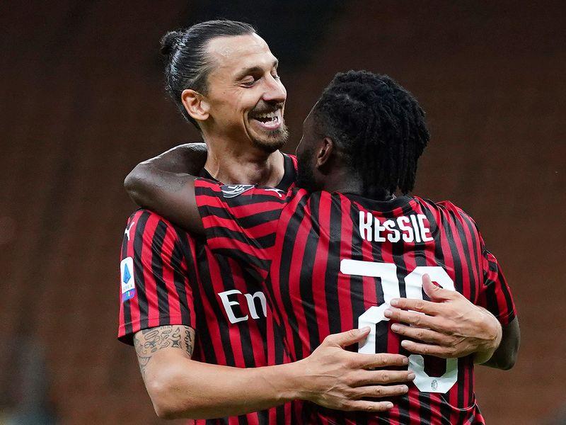 Zlatan celebrates against Juventus