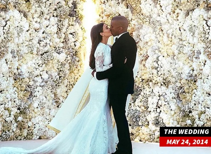 Kim Kardashian AND KANYE West In Marriage Counseling ... DIVORCE ON THE TABLE