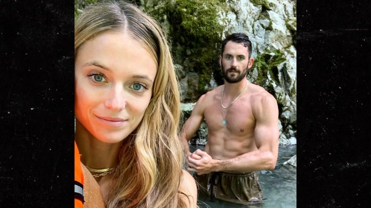Kevin Love Flexes Shredded Six Pack on Vacay With Model GF ...