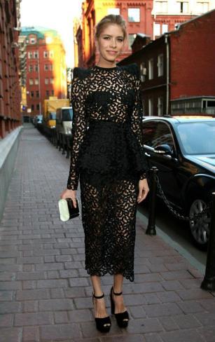 http://forum.purseblog.com/celebrity-style-threads/elena-perminova-569420-37.html