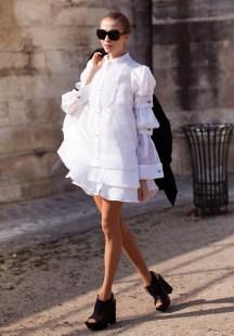 http://kenh14.vn/fashion/elena-perminova-fashionista-co-doi-chan-dai-nhat-the-gioi-20130205015238622.chn