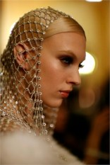 versace-haute-couture-spring-summer-2014-0115-470362_0x440