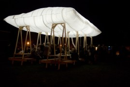 http://www.jocundist.com/2010/12/pavilion-picnic-by-overtreders-w.html