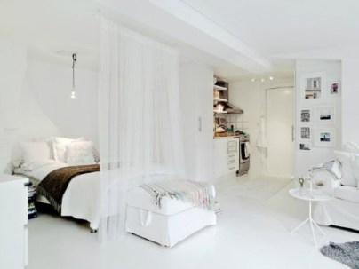http://www.twoleakingbags.com/how-to-decorate-a-studio-apartment/