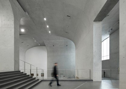 54336c95c07a8024cc0000e7_long-museum-west-bund-atelier-deshaus_staged_contemporary_art_gallery02