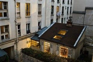 item3.rendition.slideshowHorizontal.paris-views-gail-albert-halaban-04