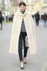 http://www.popsugar.com/fashion/photo-gallery/34177492/image/34227102/PFW-Street-Style-Day-Four