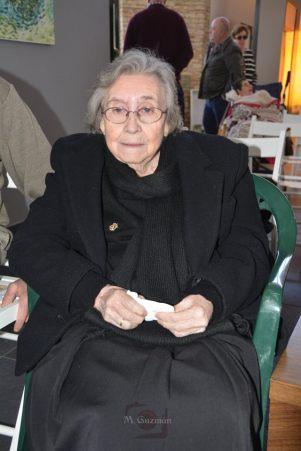 Anita Zamudio, emocionada durante la presentación del libro. Cualquiera estaría orgulloso de tener una madre como ella. Foto: MARÍA GUZMÁN JIMÉNEZ