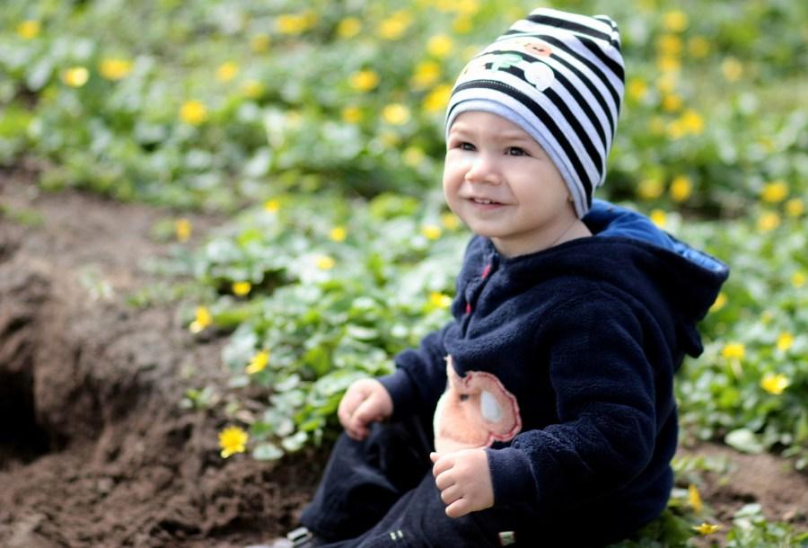 toddler-1250657_1920