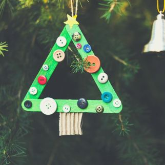 make a diy christmas ornament is a fun thing to do this christmas