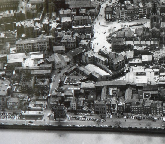 Another aerial view of Fishamble Street, this time from the north, again showing the Kennan's buildings on the south side of the elbow.