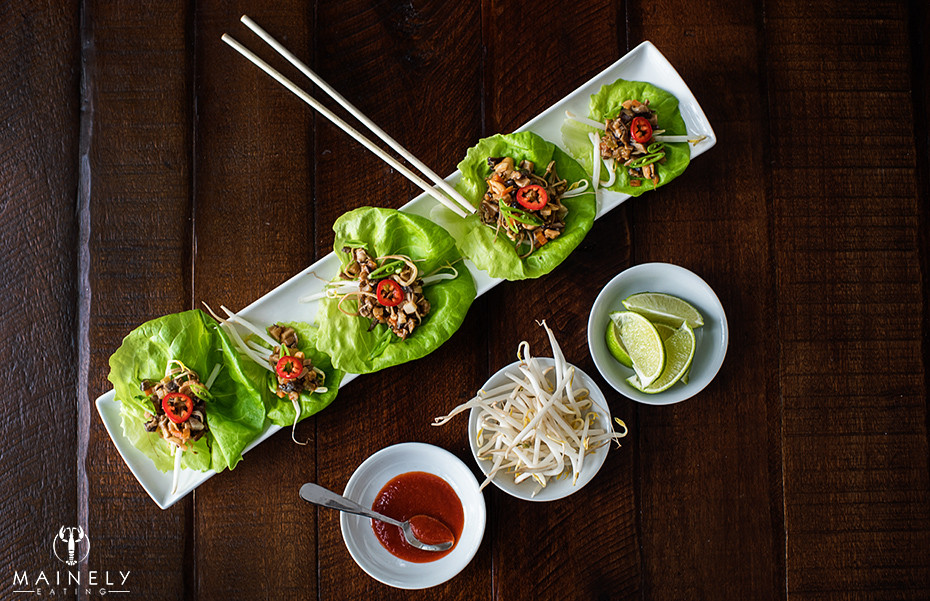 Asian lettuce cups with tasty vegetarian filing