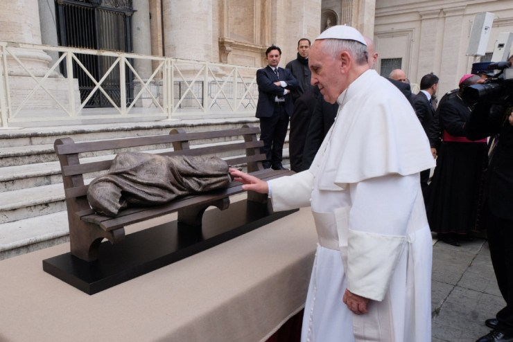 Pope Francis and Homeless Jesus