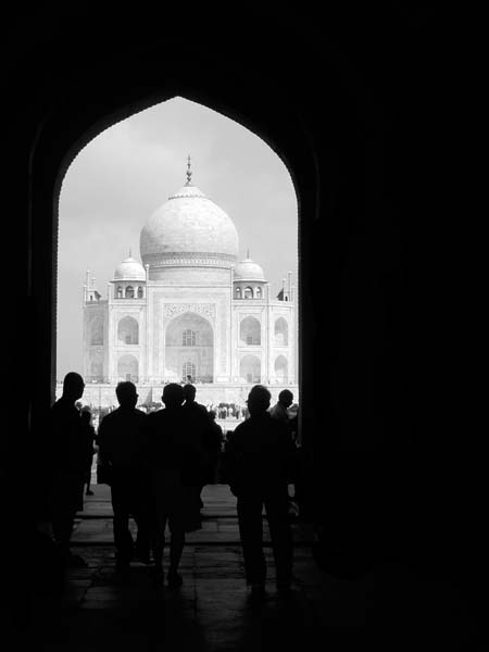 Black and white photo of Taj Mahal in Agra India