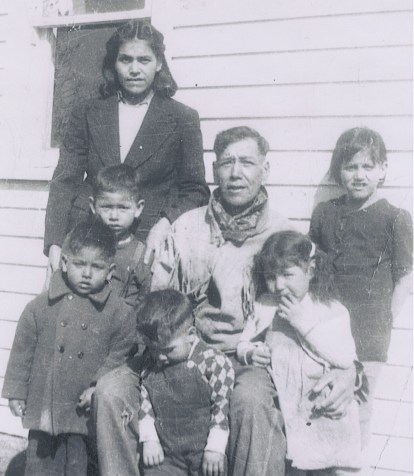 Ina, her father and kids