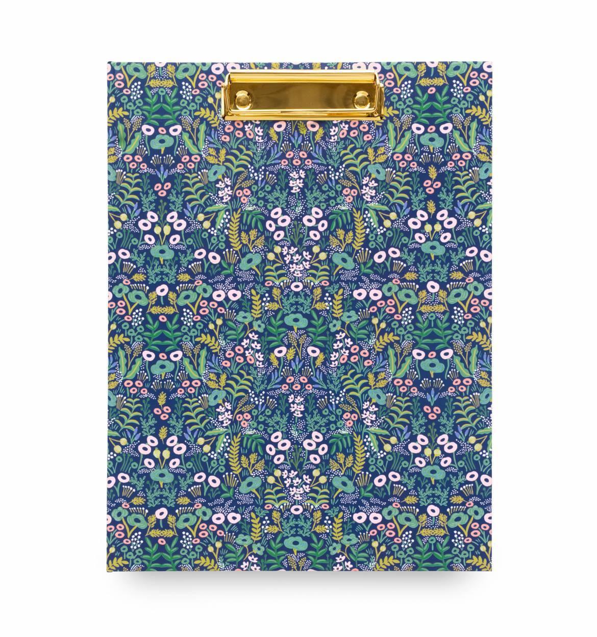 Clip Folio Tapestry