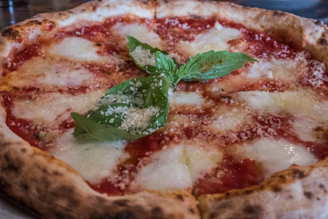 Forcella-Williamsburg-Brooklyn-New-York-margherita-extra-pizza-1600x1067