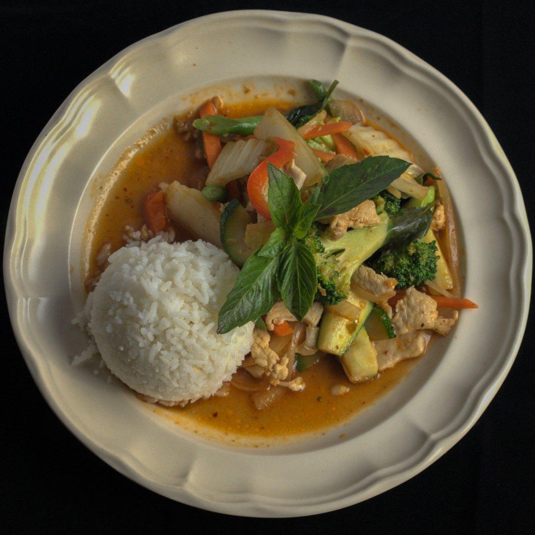 Carlisle Thai Cuisine red curry