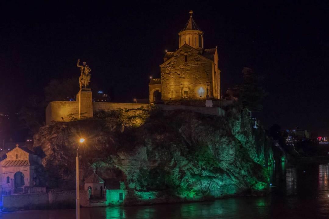 Metekhi-Church-Tbilisi-Georgia-1600x1067