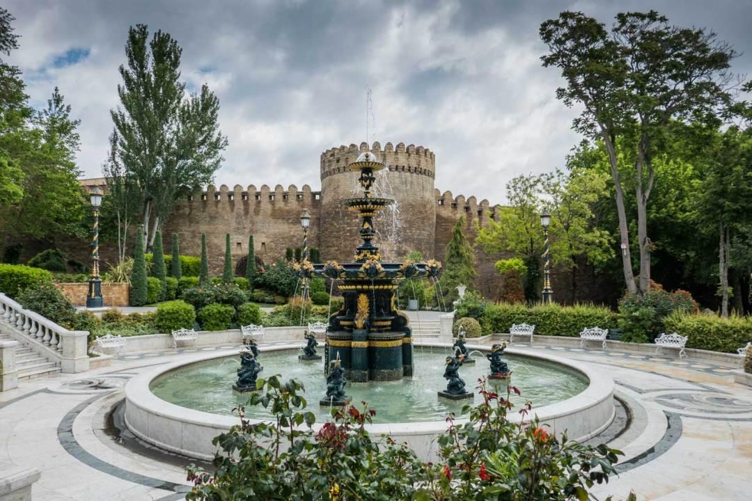 old-city-Baku-Azerbaijan-1600x1067
