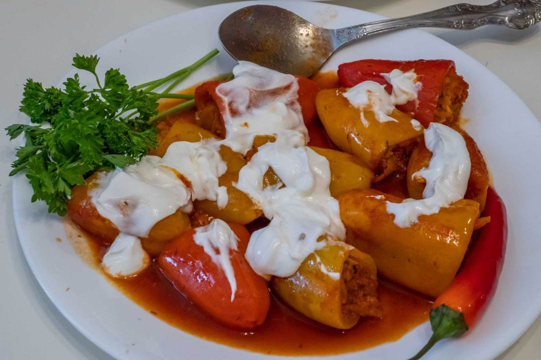 Kalamfurkiyma-stuffed-peppers-League-of-Kitchens-Uzbek-Cooking-Borough-Park-Brooklyn-NYC-1600x1067