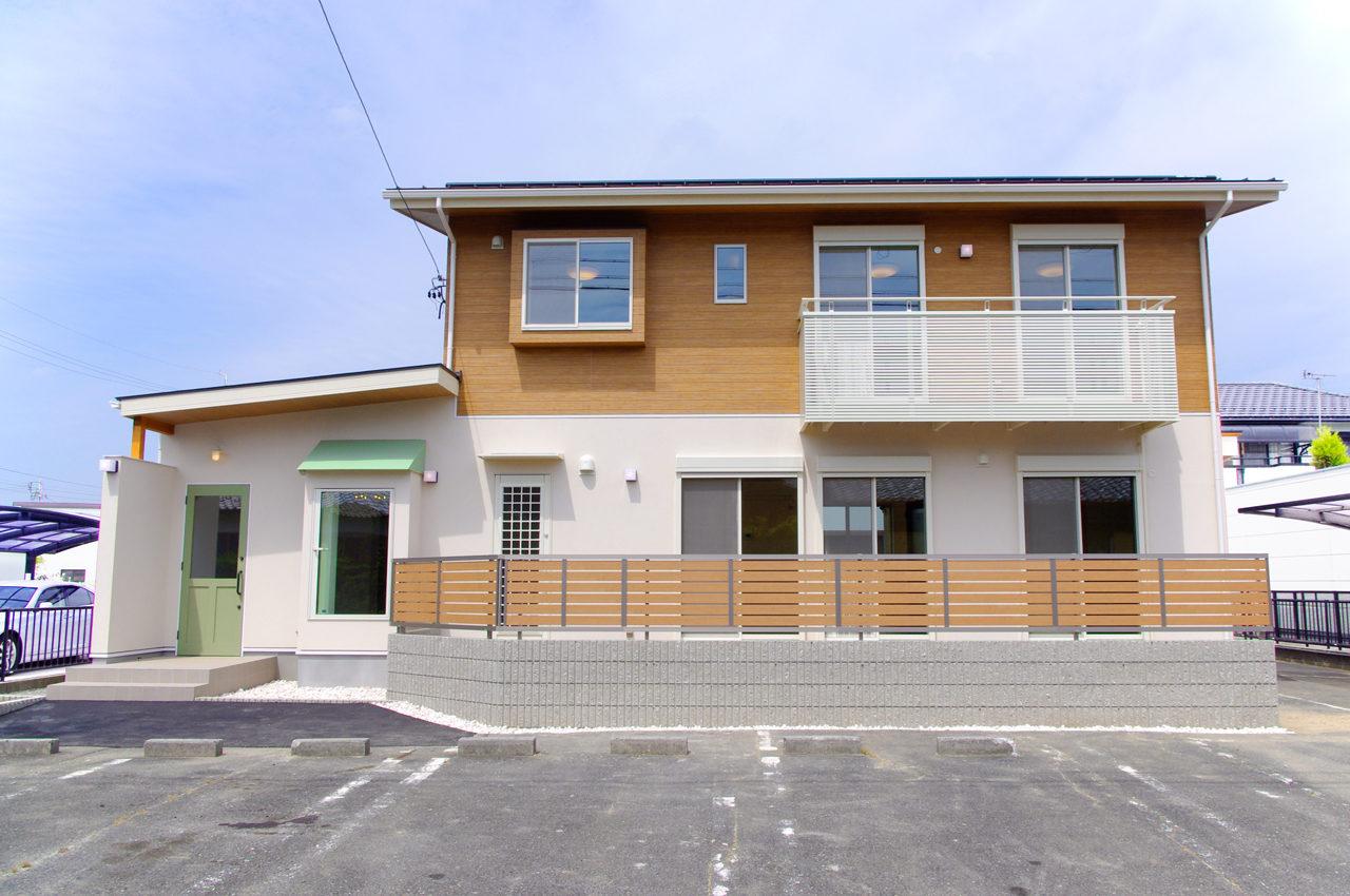 まつげエクステサロン付きかわいい注文住宅|店舗付き住宅の設計・デザイン|愛知県一宮市