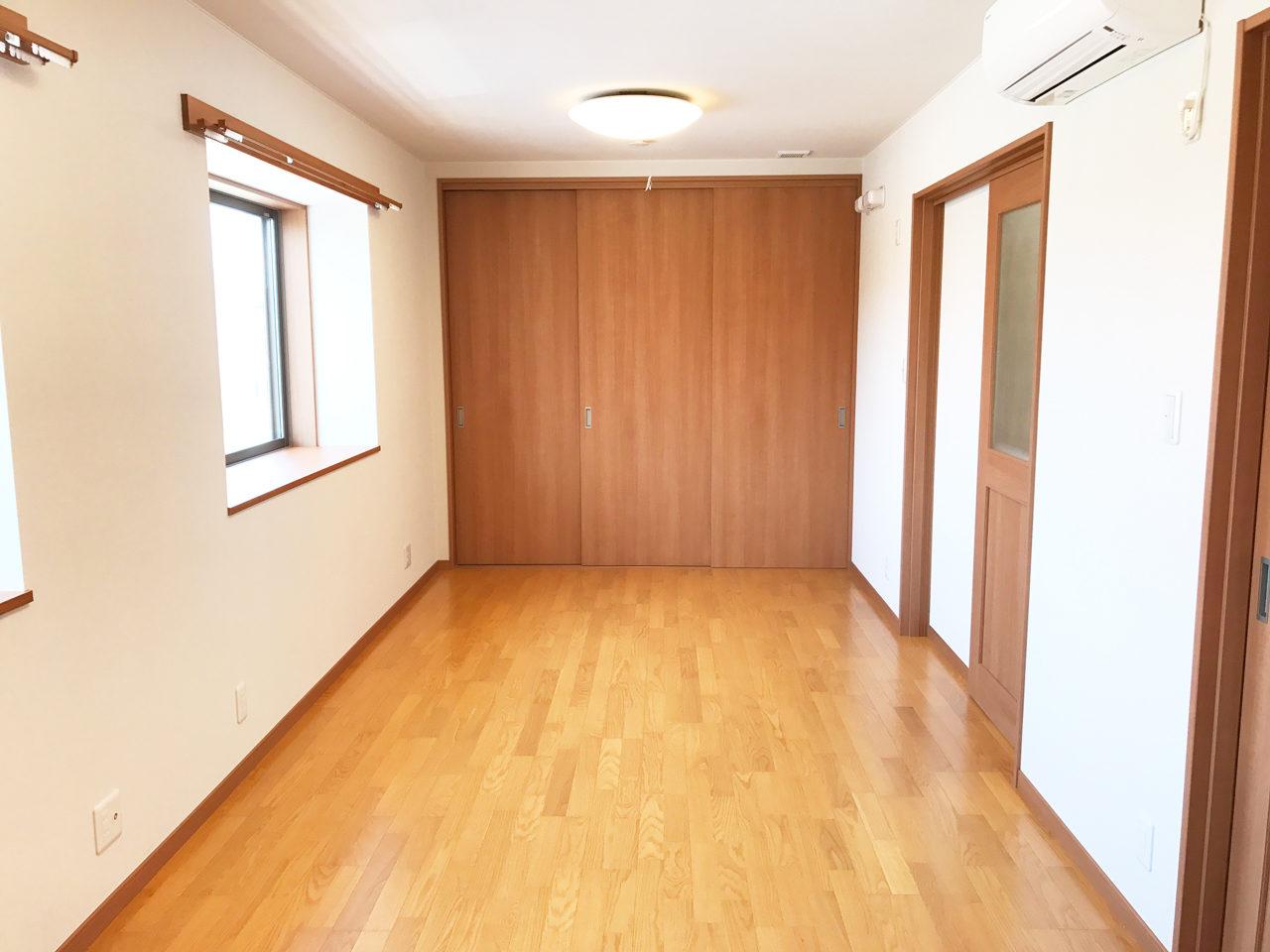 接骨院併用住宅の新築設計、店舗付き住宅デザイン|はなみずき鍼灸接骨院