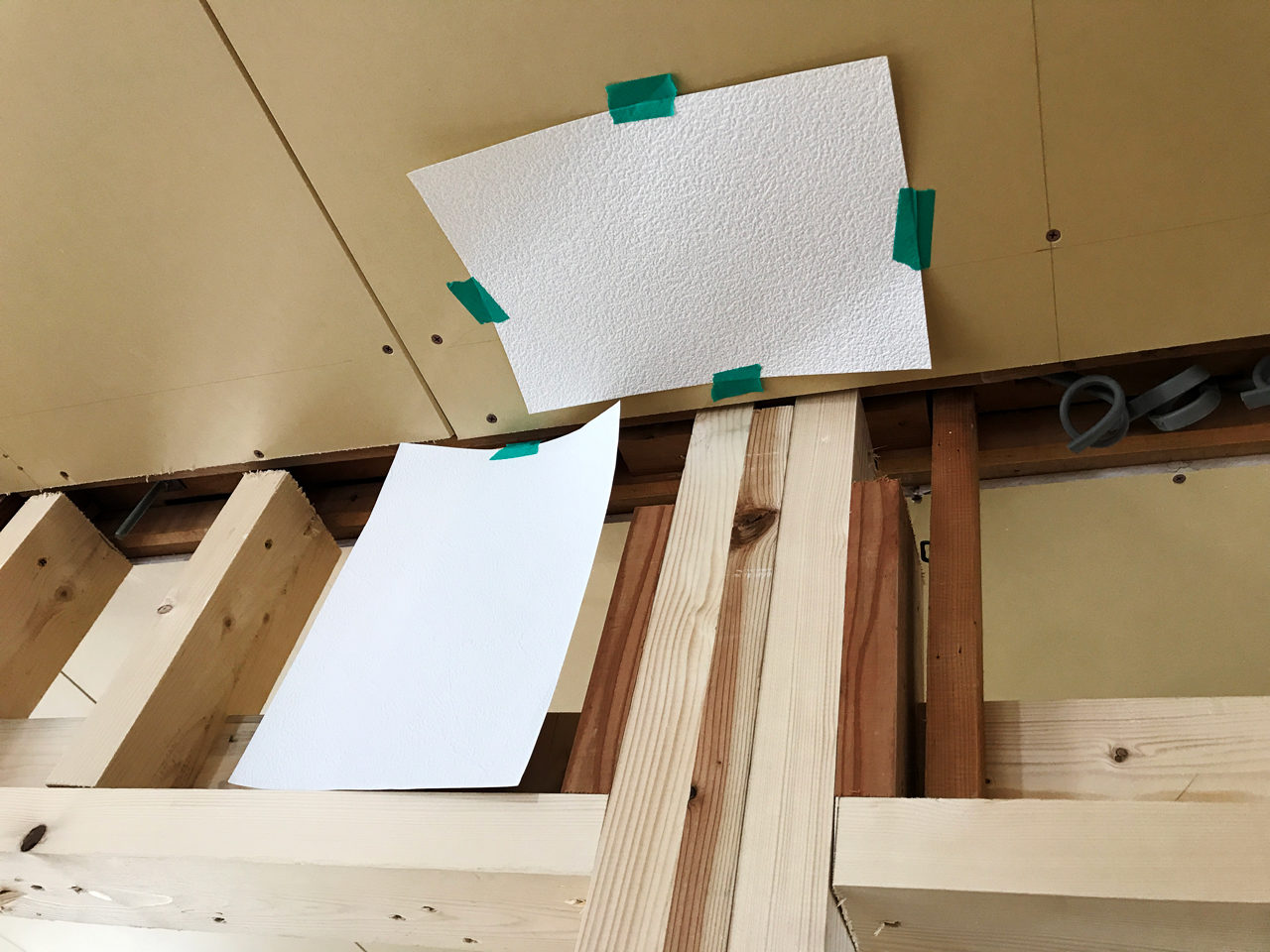 空き家を賃貸マンションへリノベーション改装設計プロジェクトの壁紙選び