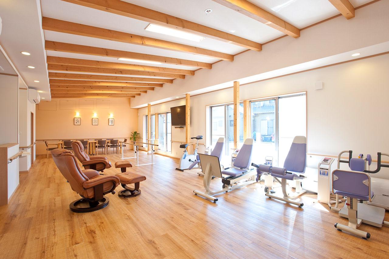 リハビリデイサービスの新築設計、食堂及び機能訓練室