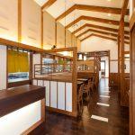 とんかつ屋のテーブル席設計、店舗デザイン|一宮市