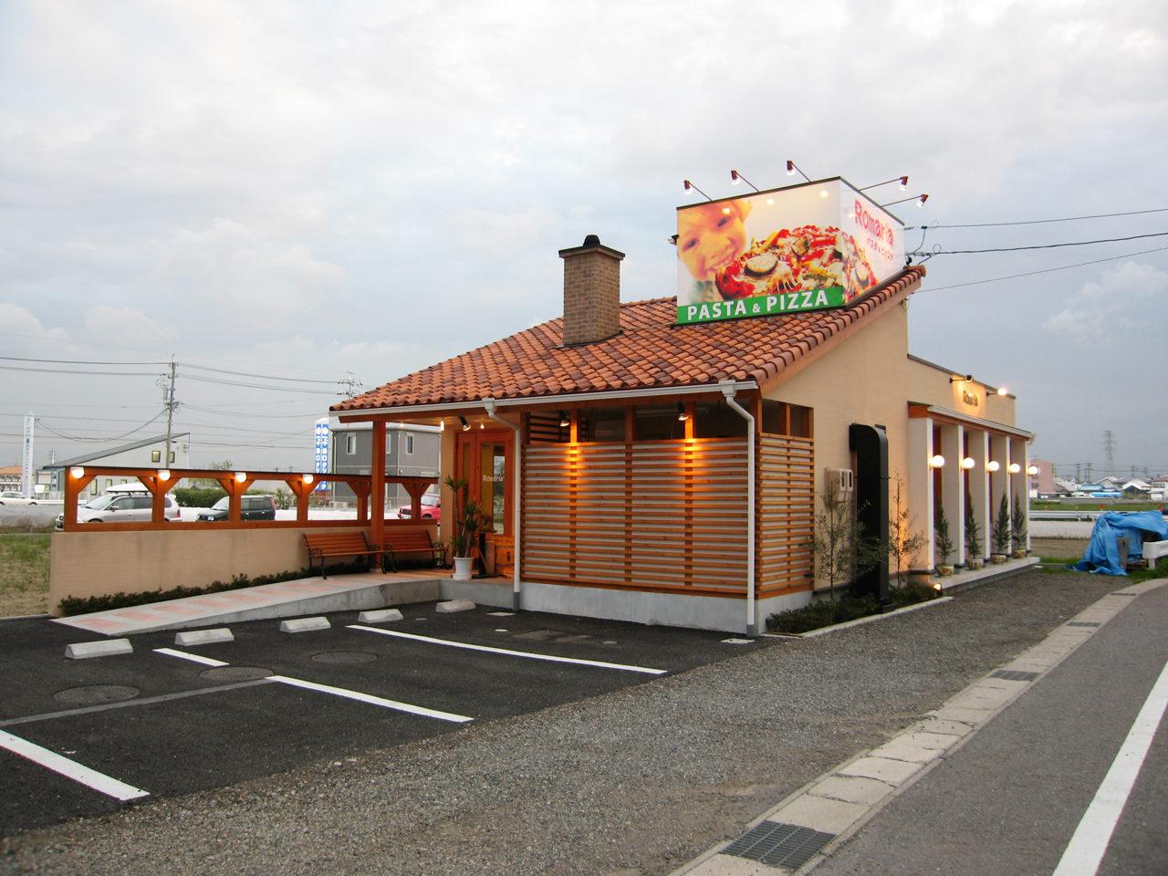 店舗設計したイタリア料理店の外観|愛知県清須市