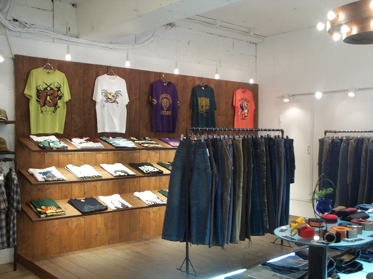 アパレルセレクトショップの店舗改装デザイン、増築設計