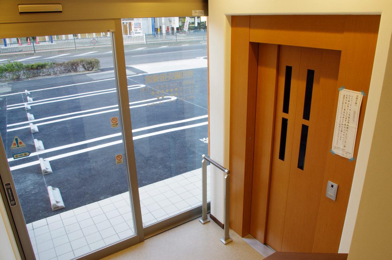 介護用エレベーター付きリハビリデイサービスの新築設計、デザイン|名古屋市
