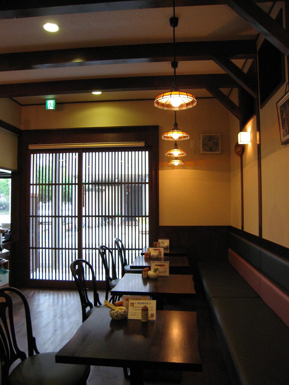 名古屋市港区で設計・デザインしたカフェ、甘味処、店舗兼用住宅の新築設計、店舗デザイン