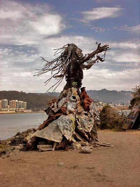 Urban sculpture @ Albany Bulb