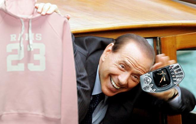 Berlusconi Nokia N-Gage Rams 23