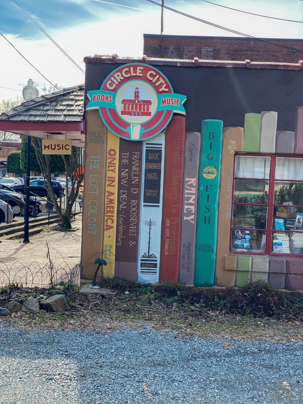 15 Things to Do in Pittsboro, NC - I'm Fixin' To - @imfixintoblog