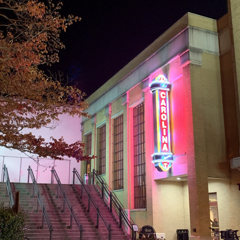 23 Awesome Things To Do in Durham - I'm Fixin' To - @imfixintoblog | Things to do in Durham by popular NC travel blog, I'm Fixin' To: image of the Carolina theater.