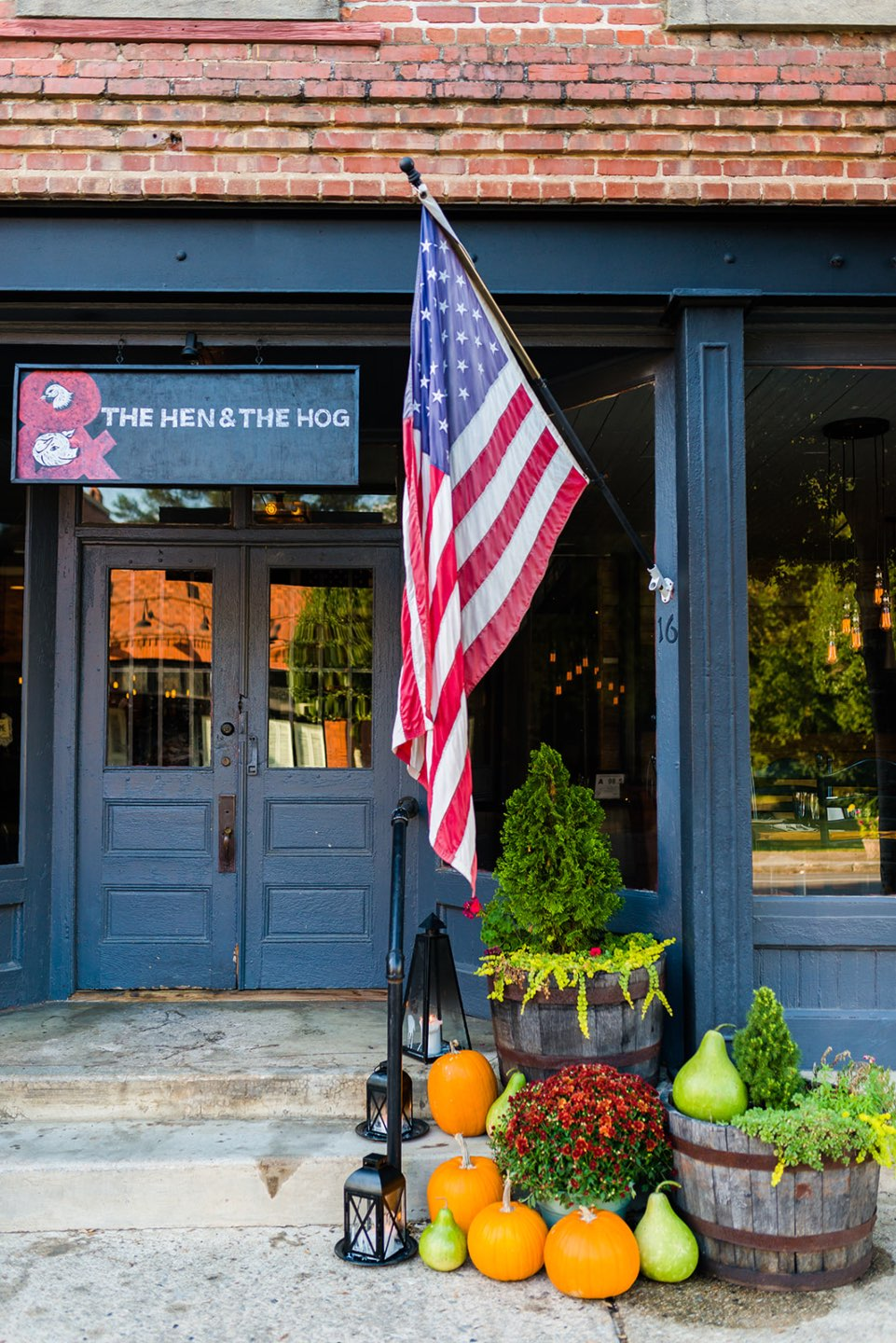 Eastern North Carolina Favorite: The Hen & The Hog - I'm Fixin' To - @mbg0112