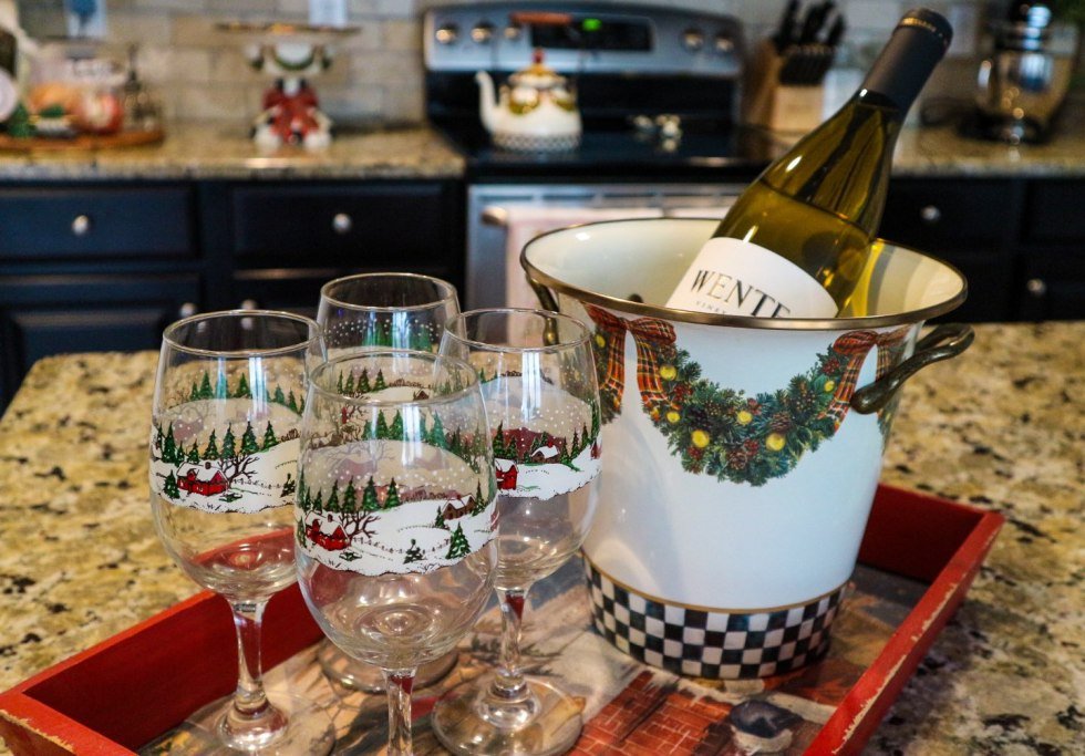 3 Tips for Hosting Holiday Houseguests - I'm Fixin' To - @mbg0112