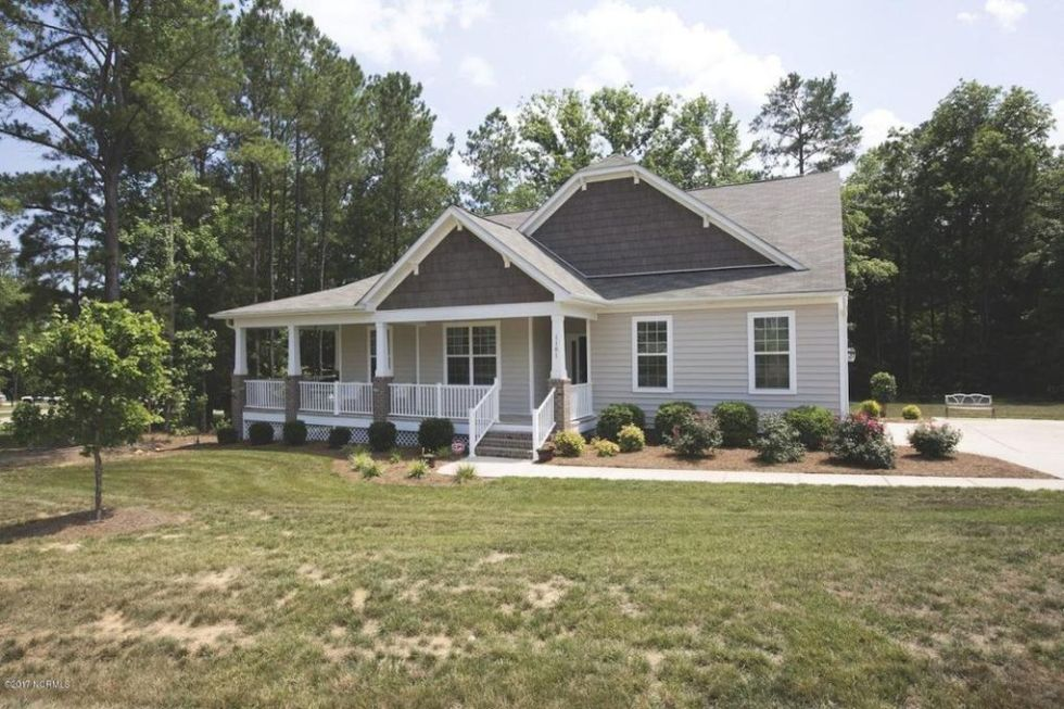 Vantage Shutters review featured by top US life and style blog, I'm Fixin' To: before picture