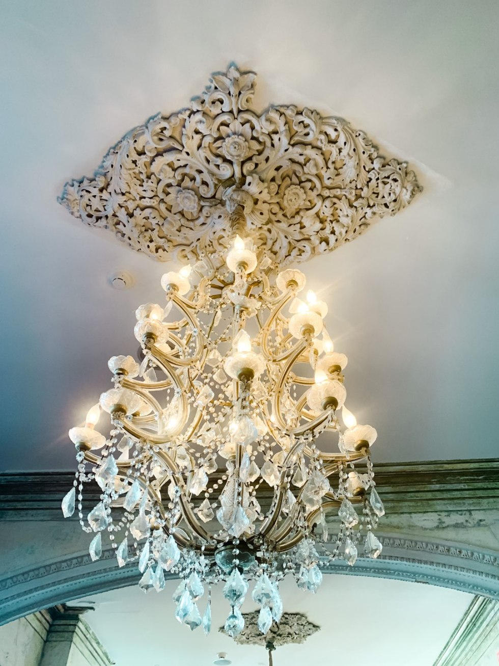 Girls Trip to New Orleans by popular US travel blog, I'm Fixin To: image of a chandelier