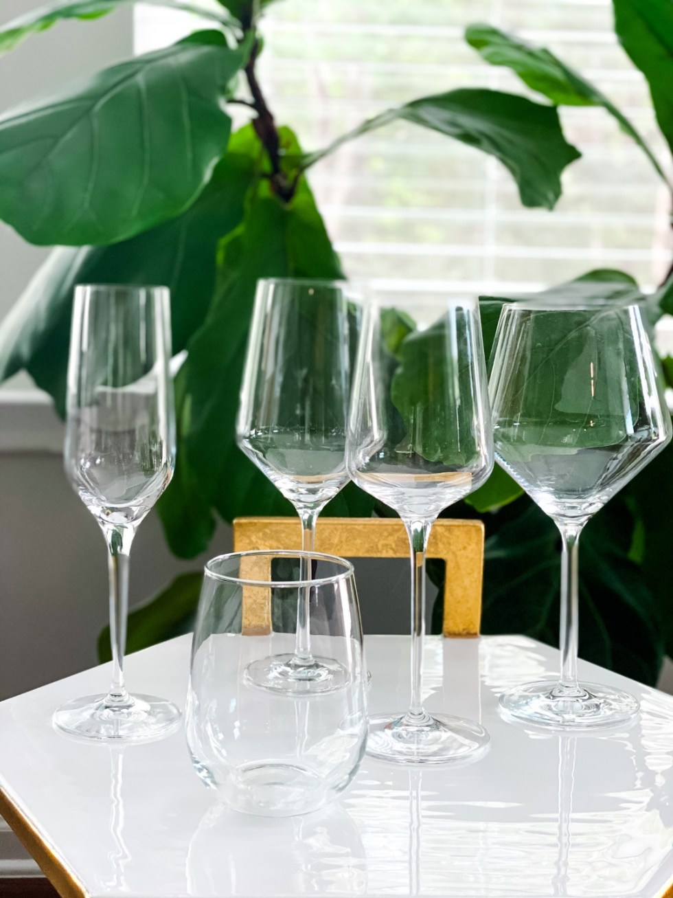 Top 5 Wine Glass Styles to Add to your Collection - I'm Fixin' To - @mbg0112   Wine Glass Styles by popular N.C. life and style blog, I'm Fixin' To: image of 5 different wine glasses.