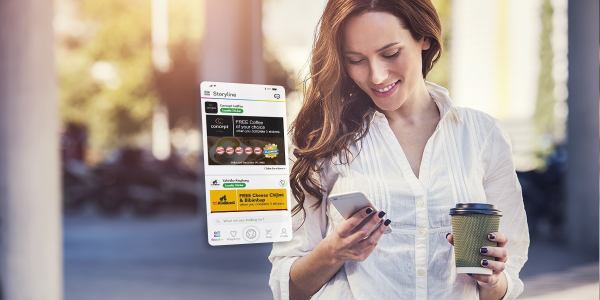 a person using the digital loyalty platform Imfree for a digital loyalty card experience