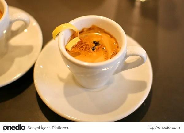 Espresso Romano - İtalya
