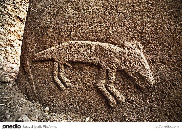 5. Mağara duvarlarındaki resimlerden kabartma hayvan figürlerine