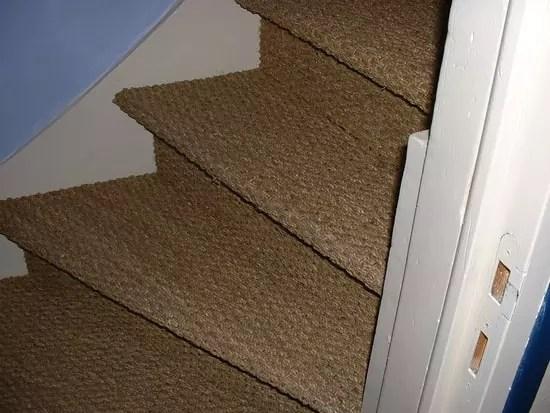 Pose De Jonc De Mer Dans Un Escalier Qui L A Fait Resolu Outillage Linternaute Com
