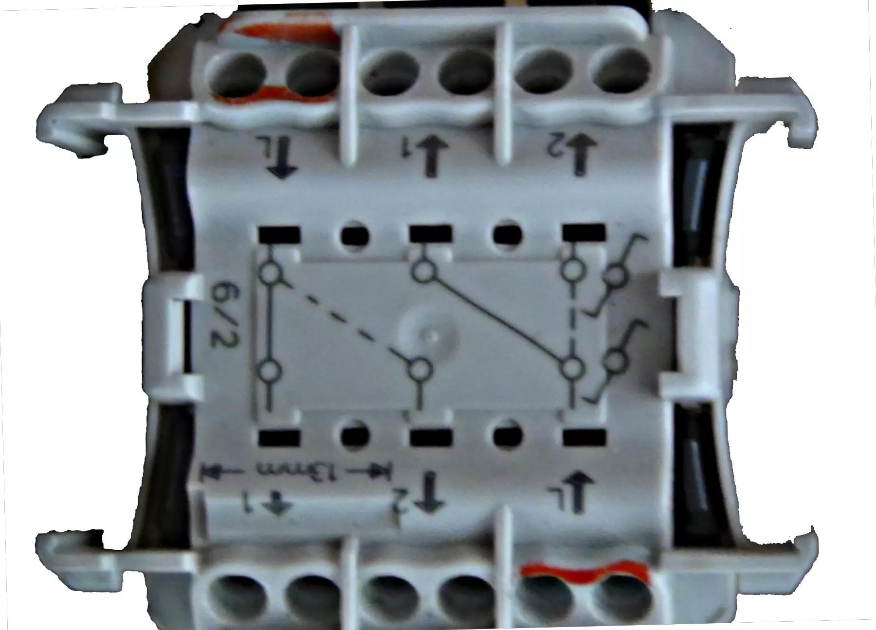 schema pour interrupteur double legrand