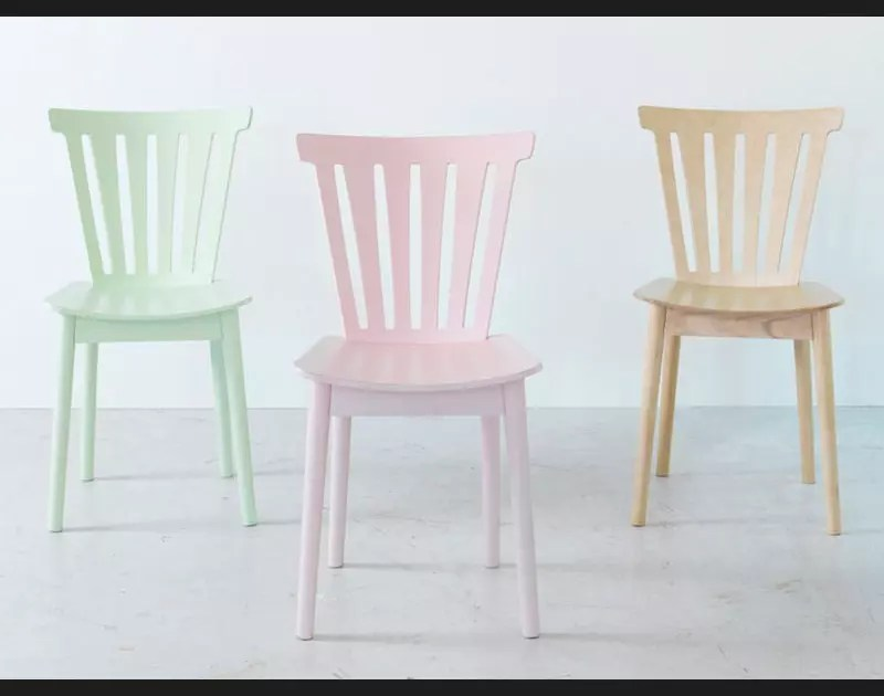 chaises couleur chamallow